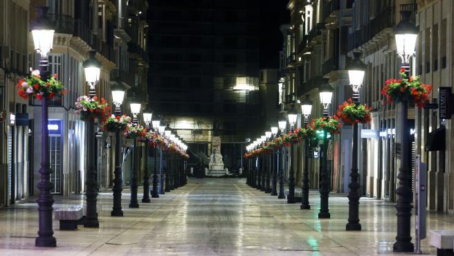 Calle Larios de Málaga vacía a causa del estado de alarma decretado por el COVID-19. 28 de marzo