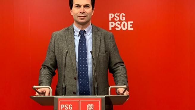 El secretario xeral del PSdeG, Gonzalo Caballero, comparece ante los medios