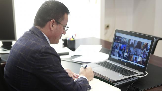 José González en videoconferencia con el ministro de Agricultura