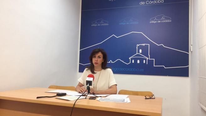 La alcaldesa de Priego de Córdoba, María Luisa Ceballos, en una imagen de archivo.