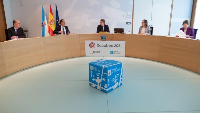 O titular do Goberno galego, Alberto Núñez Feijóo, preside a reunión do Consello da Xunta. San Caetano, Santiago de Compostela, 08/04/20.