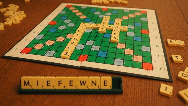 Una partida a un juego de mesa se puede convertir en una tradición.