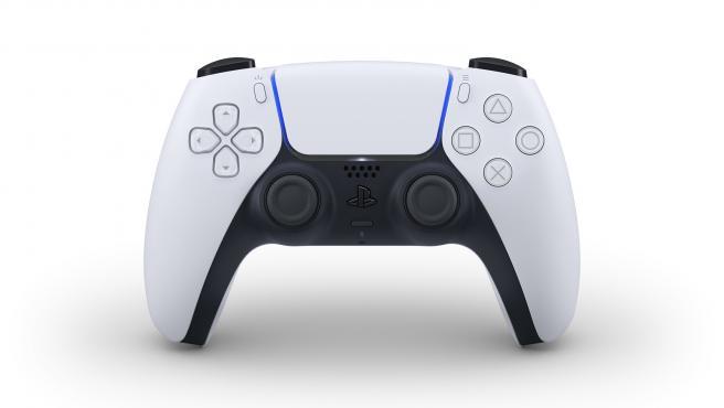 El controlador de la nueva PS5 cambia su diseño y su nombre: se llama DualSense.