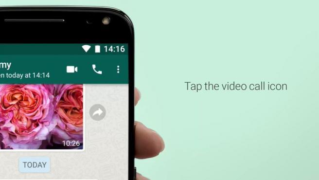 En un grupo de 4, puedes hacer videollamadas solo pulsado el botón de videocámara.