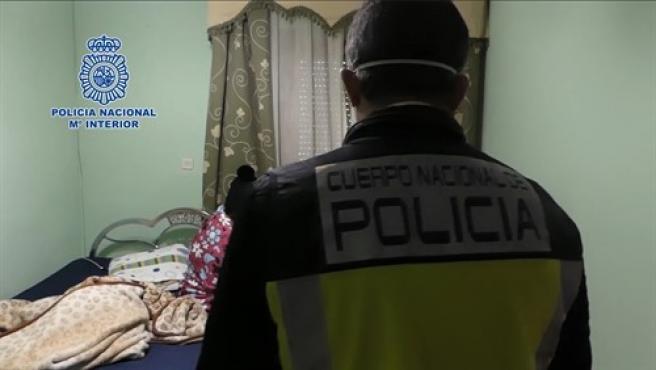 La Policía Nacional libera a 12 víctimas de trata en Córdoba y Jaén.
