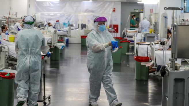 Personal sanitario de la UCI del hospital Puerta de Hierro de Madrid.