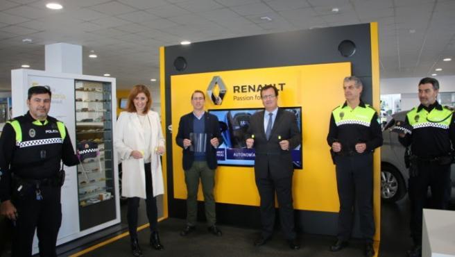 Donación de 800 pantallas de protección facial a la Policía Local de Sevilla