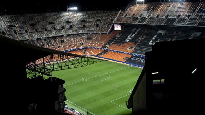 Grada del estadio de Mestalla en el Valencia-Atalanta