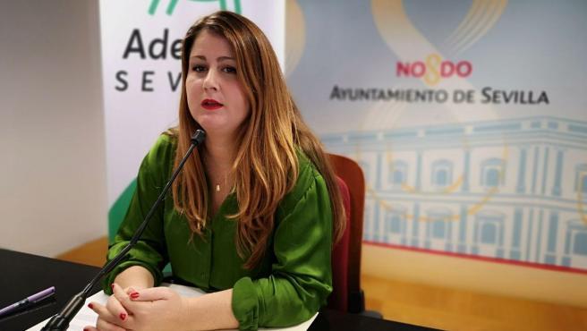 La portavoz de Adelante Sevilla en el Ayuntamiento hispalense, Susana Serrano, en una rueda de prensa