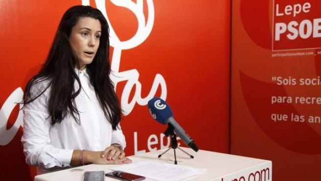 Bella Canales, portavoz del PSOE en el Ayuntamiento de Lepe.