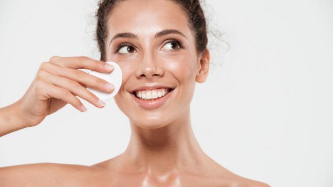 Es la herramienta ideal para conseguir una piel profunda y mñas hidratada.