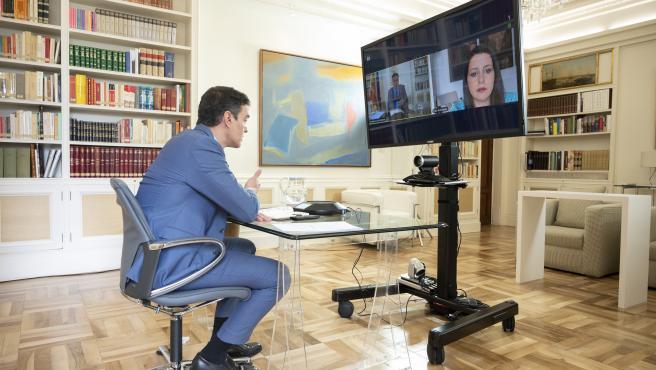 Pedro Sánchez e Inés Arrimadas en videoconferencia este jueves.