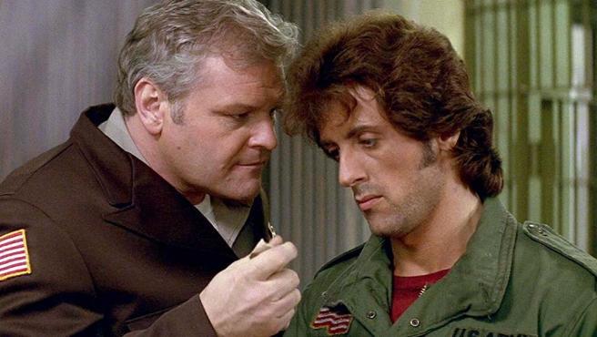 Sylvester Stallone y Brian Dennehy en Rambo (Acorralado)