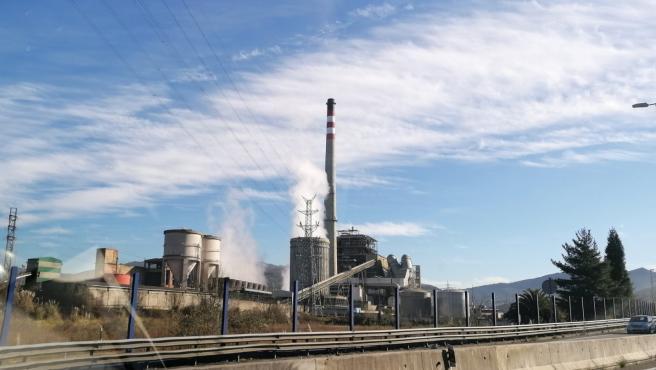 Central térmica de Lada.