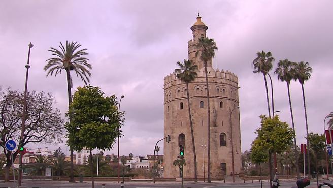 Lugares emblemáticos de Sevilla vacíos por el coronavirus: Torre del Oro