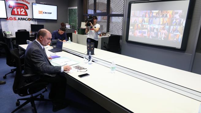 El Presidente de Aragón, Javier Lambán, participa en la sexta videoconferencia que todos los presidentes autonómicos mantienen con el presidente del Gobierno de España, Pedro Sánchez, con motivo de la incidencia del coronavirus y del Estado de Alarma