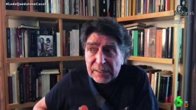 El cantautor Joaquín Sabina, entrevistado por Jordi Évole.