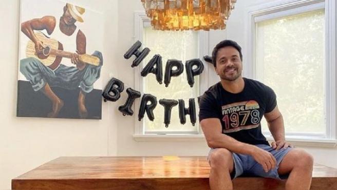 Luis Fonsi celebró su cumpleaños durante la cuarentena.