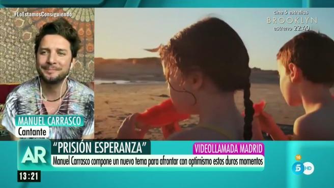 El cantante Manuel Carrasco presenta en Telecinco su nueva canción.