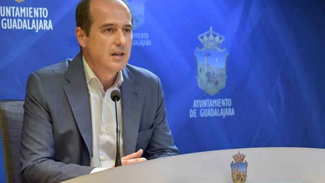 Ndp Ayto Guadalajara El Alcalde Iniciará Una Ronda De Contactos Con Entidades Del Tercer Sector Para Abordar La Recuperación Social Posterior Al Covid 19