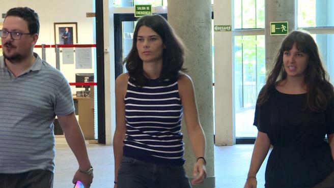Isa Serra, condenada a 19 meses de cárcel e inhabilitada