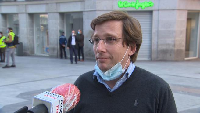 Almeida pide a Sánchez que deje a las CCAA usar el superávit