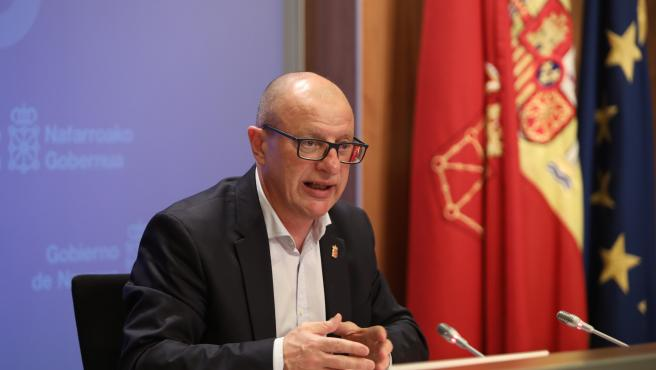 El consejero de Educación, Carlos Gimeno