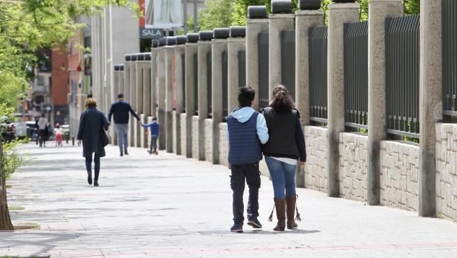 Este lunes los menores de 14 años han disfrutado de su segundo paseo permitido. Ellos han sido los primeros en tener una flexibilización del confinamiento.