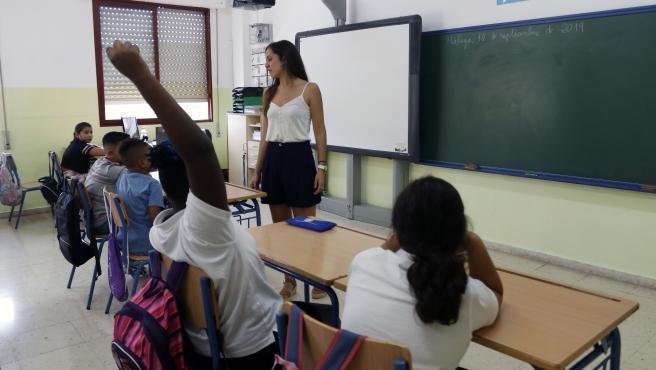 MLG 10-09-2019.-Imagen del primer día de clase en la apertura del curso escolar 2019-20120 en el Colegio de Educación Infantil y Primaria, Manuel Altolaguirre.-ÁLEX ZEA.