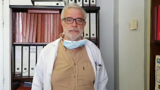 Jesús Ruiz Contreras, jefe de pediatría del Hospital 12 de Octubre, en Madrid, nos comenta cómo esta afectando a algunos niños el síndrome de shock tóxico y de la enfermedad de Kawasaki atípica, y su posible asoción con el coronavirus.