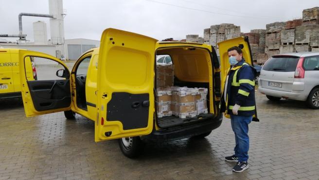 Almería.- Coronavirus.- Correos transporta material de protección desde El Ejido