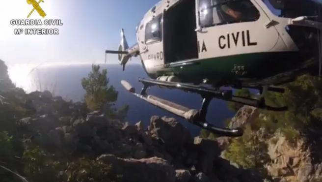 Imagen de archivo de un helicóptero del Grupo de Rescate de Montaña de la Guardia Civil (Greim).