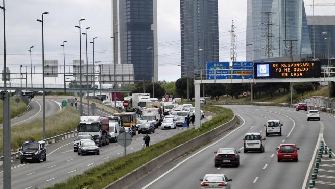 Imagen de la A-1 a la salida de Madrid.