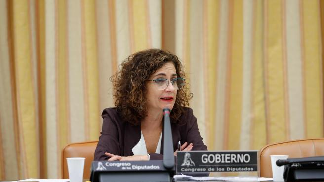 La ministra de Hacienda, María Jesús Montero, este jueves en el Congreso.