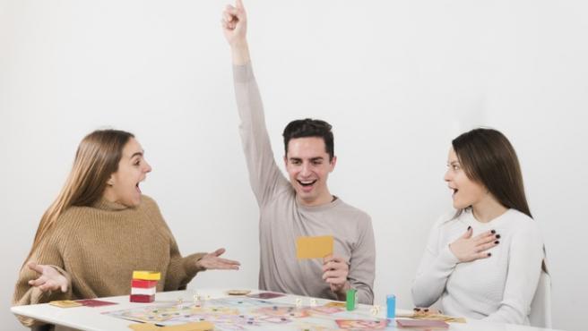 Los juegos de mesa se han convertido en los grandes protagonistas de las tardes.