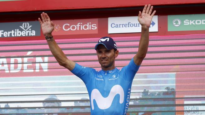 El ciclista español Alejandro Valverde (Movistar Team), en el podio tras ganar la octava etapa de La Vuelta 2018.