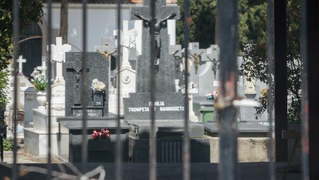 Entrada del Cementerio Municipal de Ciempozuelos (Madrid) en una imagen de archivo.