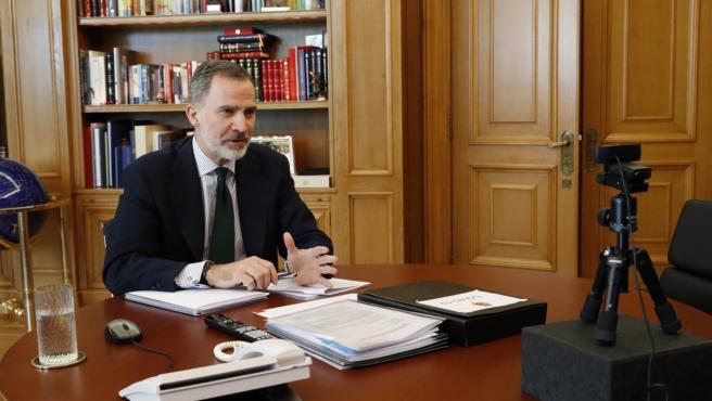 Felipe VI en una videoconferencia.