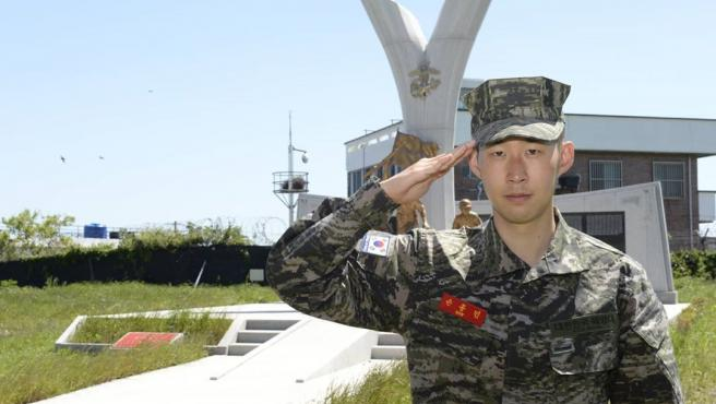 La imagen que confirmó que Son Heung-min ha superado el servicio militar.