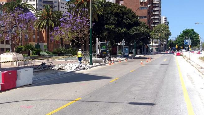 Metro de Málaga adelanta la reurbanización de la acera norte de la plaza Enrique Navarro