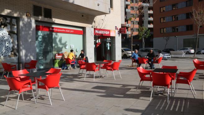 Plano general de la terraza de la cafetería Panishop de Tarragona