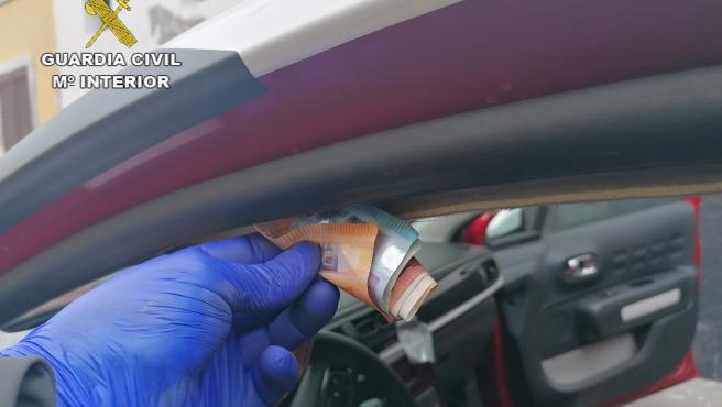 Dinero sustraído por una banda que robaba en coches aparcados en miradores turísticos de Tenerife