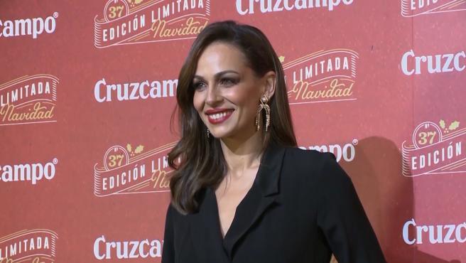 Eva González borra la foto en la que salía abrazando a su madre