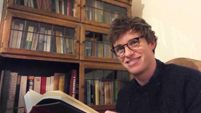 Eddie Redmayne se une a Daniel Radcliffe en la lectura de 'Harry Potter'