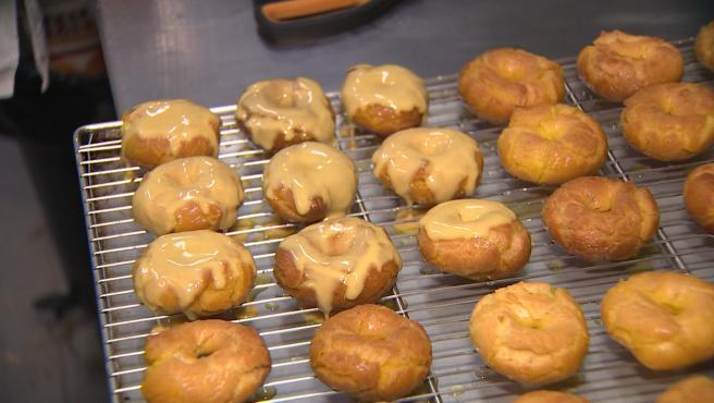 Un San Isidro sin pradera, pero sí con las tradicionales rosquillas