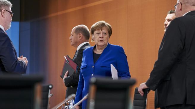 Angela Merkel junto al ministro de Finanzas Olaf Scholz en la reunión semanal del Gobierno Federal.