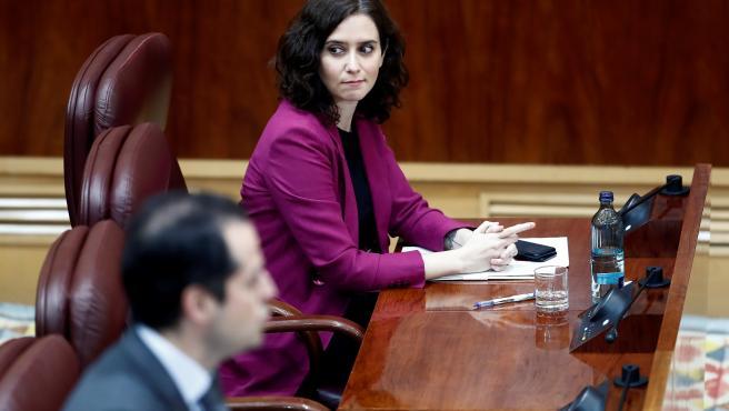 La presidenta de la Comunidad de Madrid, Isabel Díaz Ayuso, en la Asamblea.