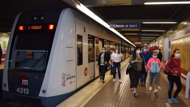 Tren de Metrovalencia durante el estado de alarma