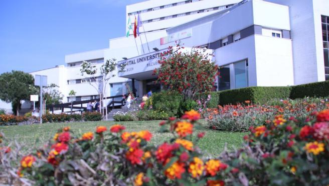 Edificio principal del Hospital Universitario Virgen Macarena de Sevilla