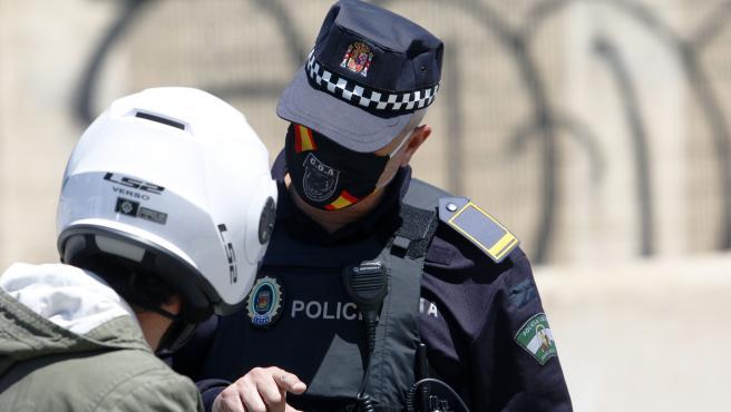 Policía Local de Málaga realiza controles de carreteras de cara al puente del 1 de Mayo para que los malagueños no acudan a las segundas residencias por el decreto de Estado de Alarma a causa del COVID-19. Málaga a 30 de abril del 2020 30 ABRIL 2020 30/4/2020